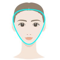 逆三角形顔の女性